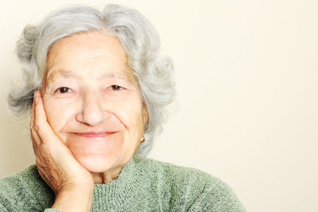 3 Easy Tips For Seniors To Maintain Healthy Eyes and Improve Vision
